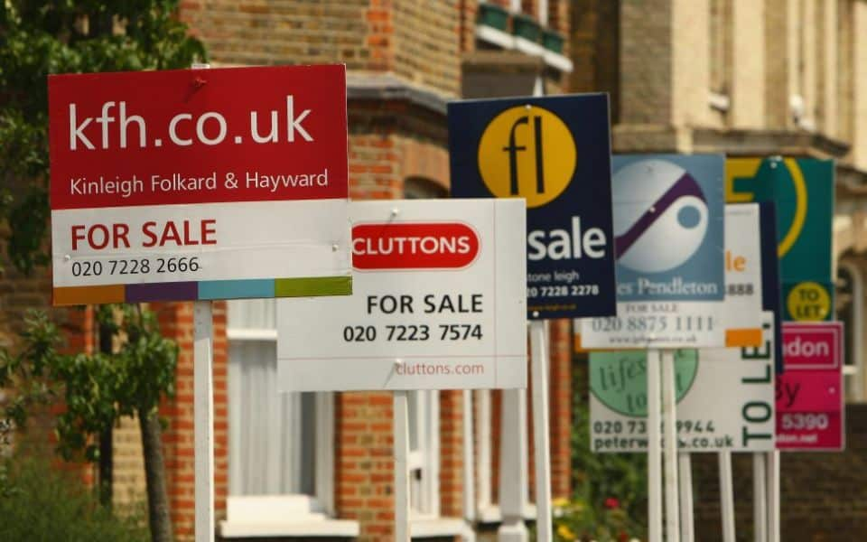Housing Market Stagnant - UK Property Cash Buyers