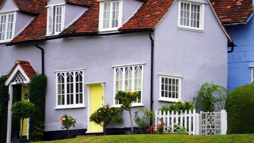 Little semi detached cottage - UK Property Cash Buyers