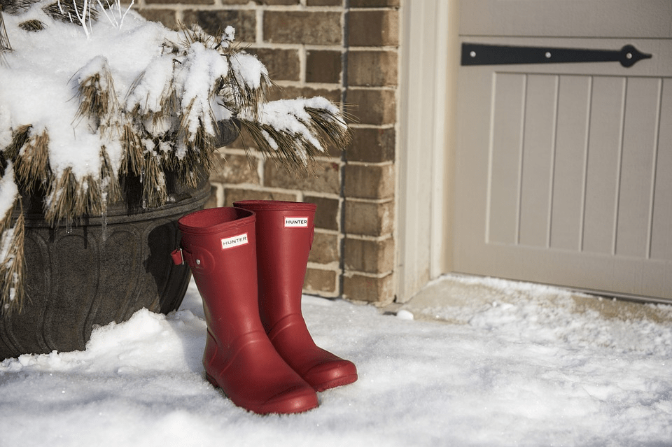 Snowy Boots - UK Property Cash Buyers